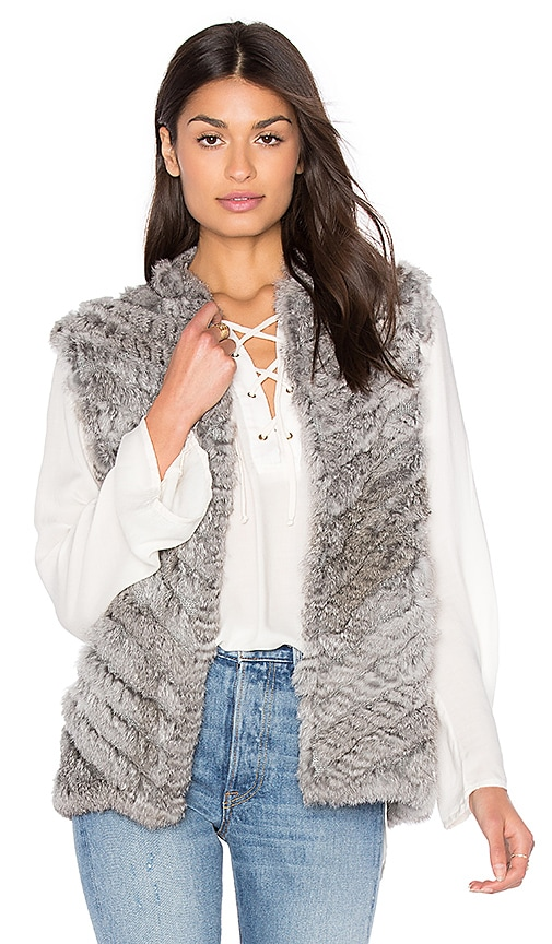 HEARTLOOM Seren Rabbit Fur Vest in Gray