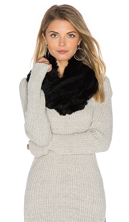 heartLoom Robie Rabbit Fur Scarf in Black
