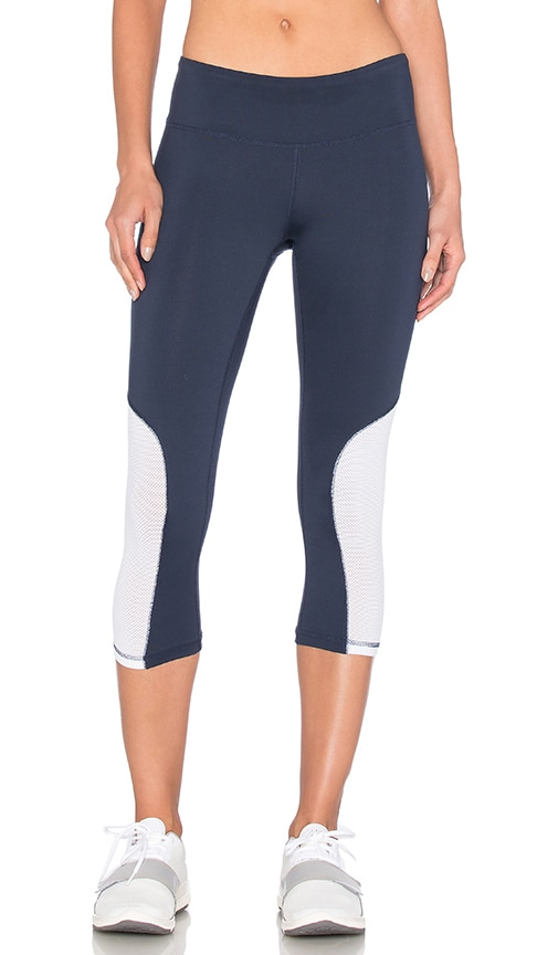 Heroine Sport Cycling Capri in Navy & White