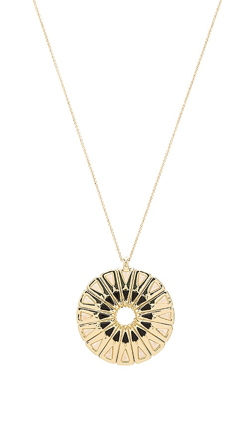House of Harlow Heirloom Pendant Necklace in Metallic Gold