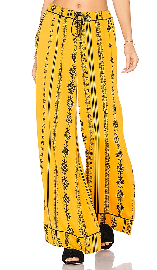 House of Harlow 1960 x REVOLVE Joni Pants in Yellow