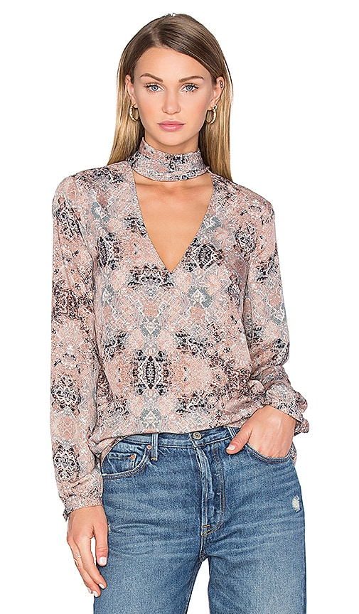 House of Harlow 1960 x REVOLVE Naomi Tie Neck Blouse in Taupe