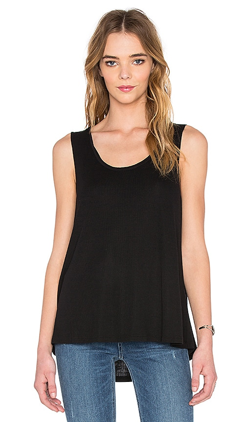 Heather Scoop Neck Boxy Tee in Black
