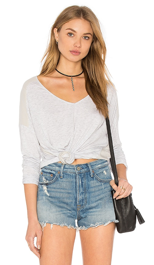 Heather Silk Panel Raglan Top in Light Gray