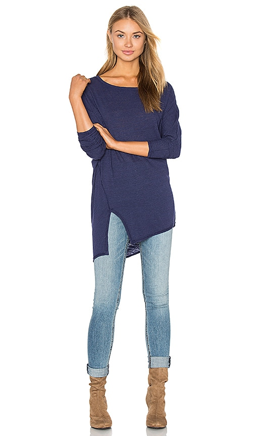 Heather Cotton & Gauze Asymmetric Split Tee in Blue