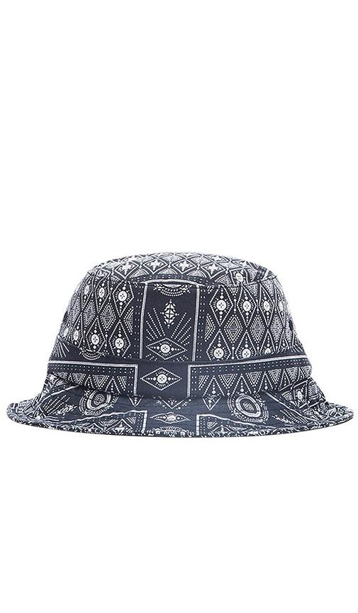 Huf Bandana Bucket Hat in Navy