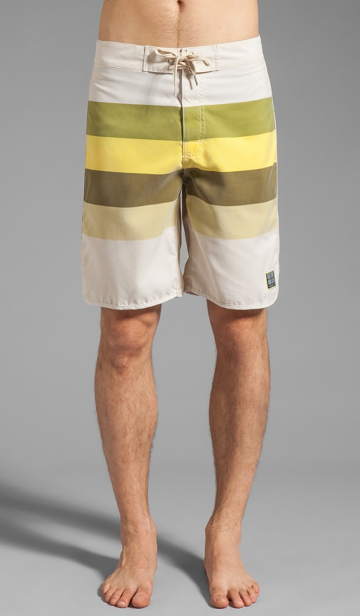 Retro Stud Regular Boardshort
