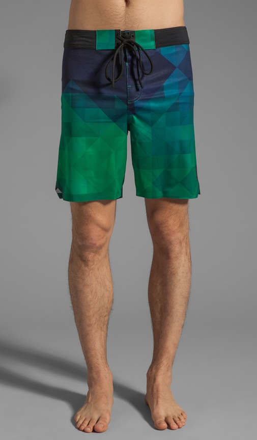 Pixilated Printed Welded Stretch Board Short