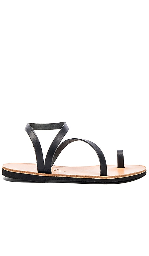 isapera Foam Sandal in Black