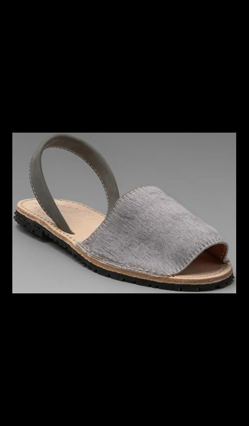 Albarcas Pony Sandal