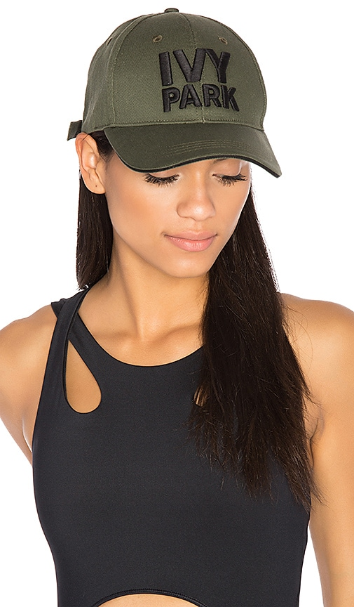 IVY PARK Baseball Cap in Army