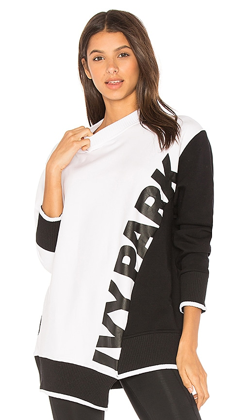 IVY PARK Colorblock Sweatshirt in Black