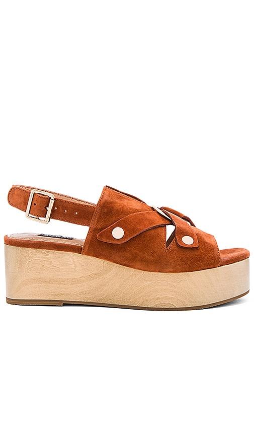 JAGGAR Dynamics Platform Sandal in Cognac