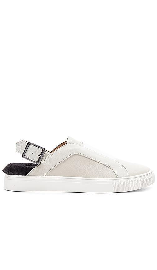 JAGGAR Sling Sneaker in Light Gray