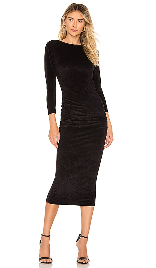 VESTIDO FITTED LOW BACK VELVET