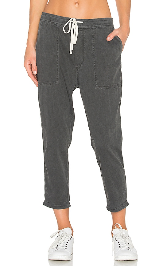 James Perse Relaxed Twill Pant in Charcoal
