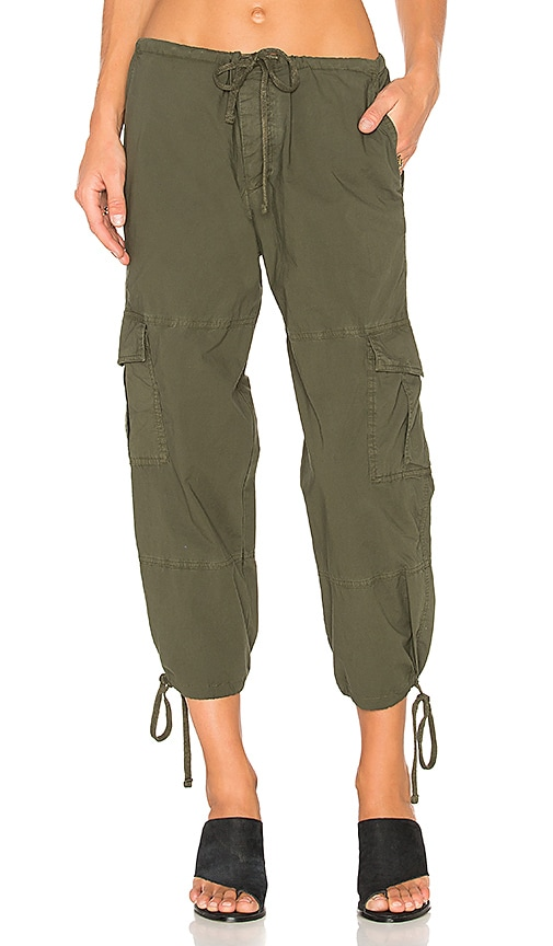 James Perse Slim Cropped Cargo Pant in Green