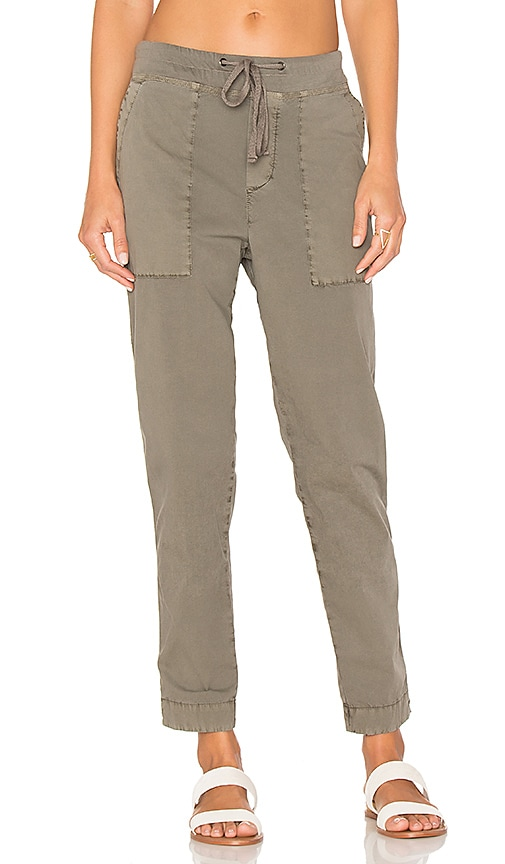 James Perse Tapered Pull On Pant in Taupe