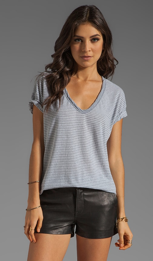 Easy V Neck Stripe Tee