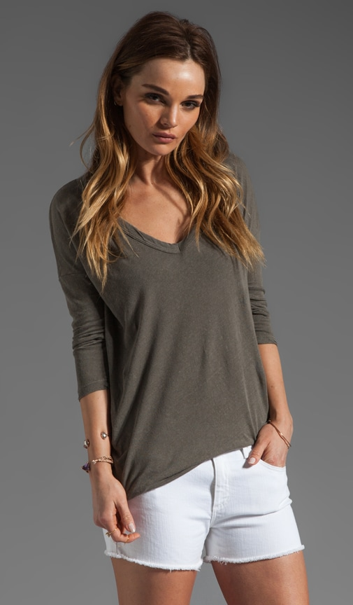 Relaxed Deep V Top