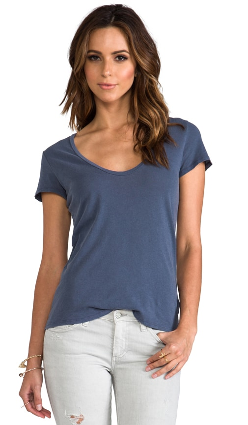 Relaxed Casual Scoop Neck