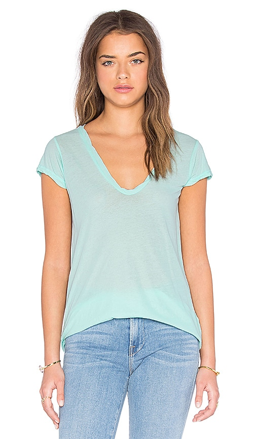 James Perse High Gauge Jersey Deep V Tee in Taffy