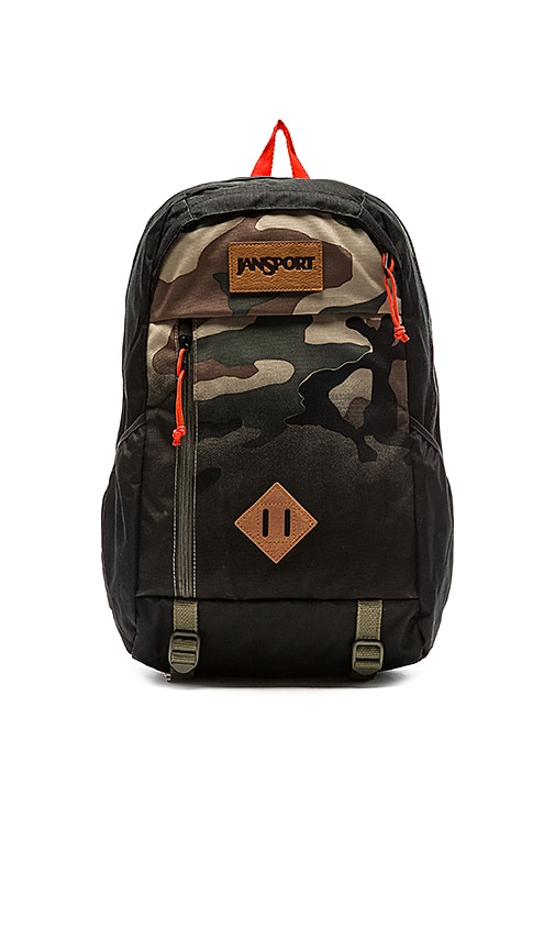 4312400481 Jansport Fox Hole in Black Camo Fade