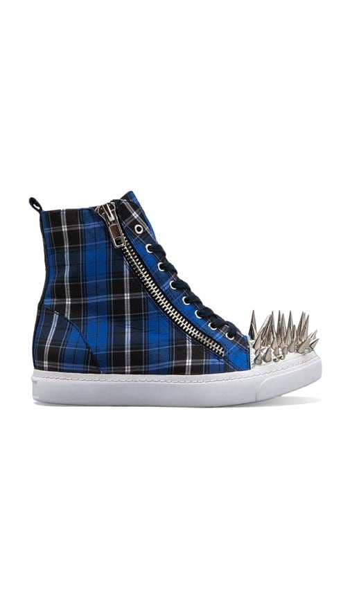 Adams Hi-Top Sneaker