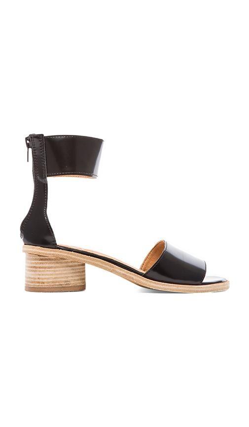 Borgia Sandal