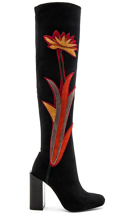 x REVOLVE Paprika Boots