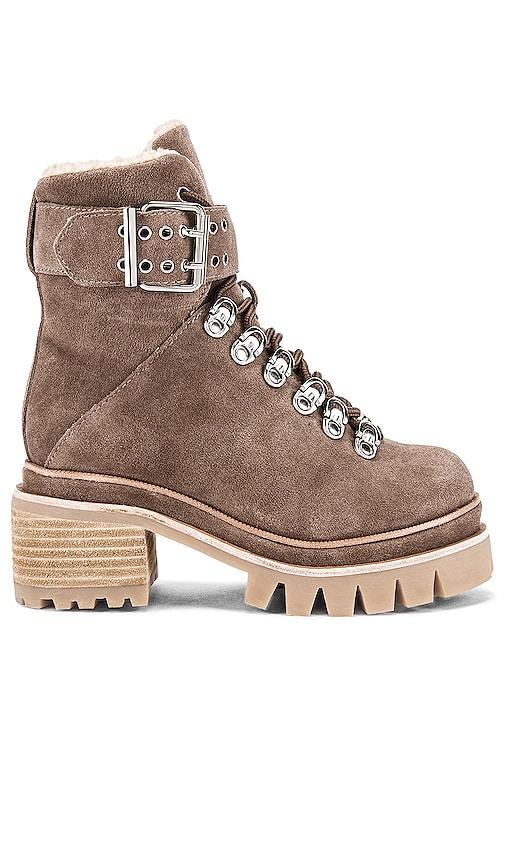 Czech Boot