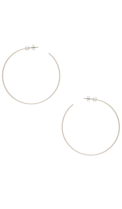 Jenny Bird Icon Hoops M in Metallic Silver