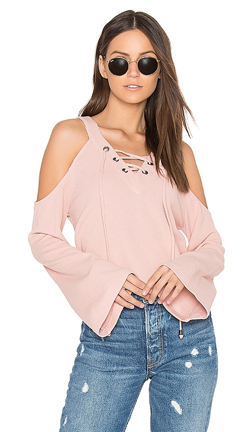 J.O.A. Cut Out Shoulder Top in Peach