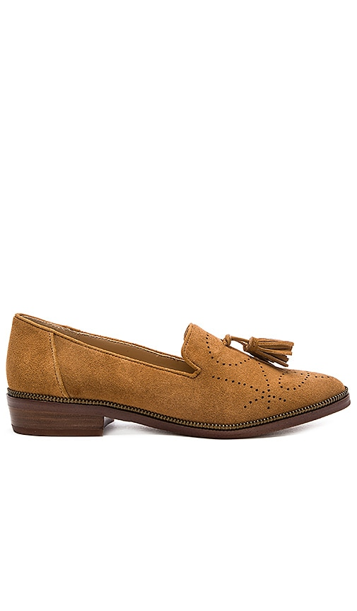 Joe's Jeans Carson Loafer in Tan