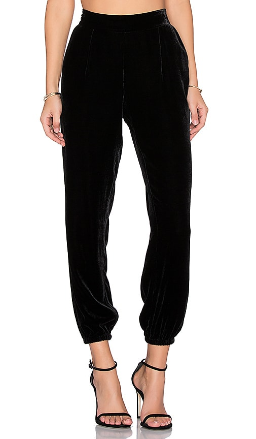 Joie Jaylon Velvet Pant in Black