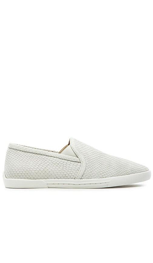 Joie Kidmore sneaker in White | REVOLVE