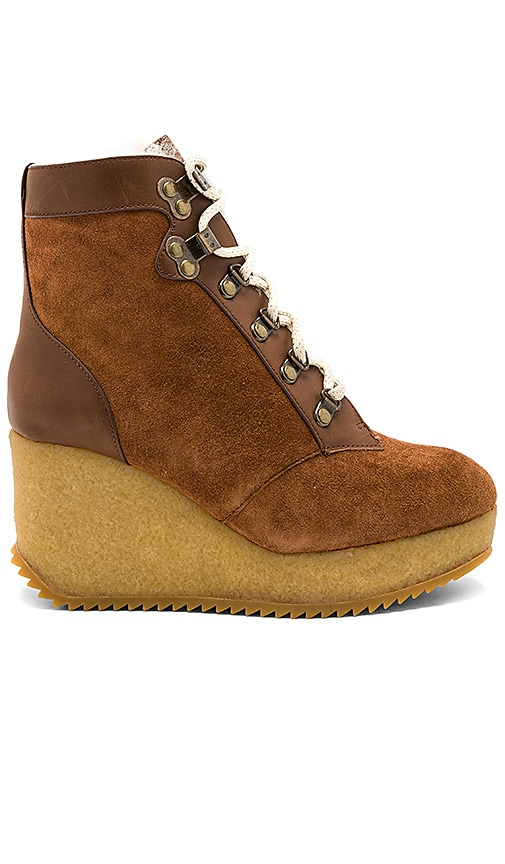 Joie Alary Wedge in Cognac