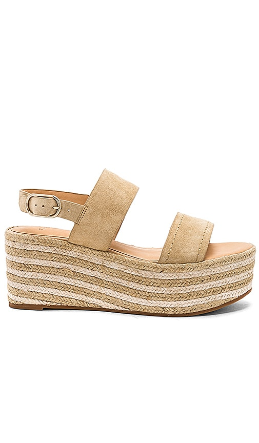 Joie Galicia Wedge in Tan