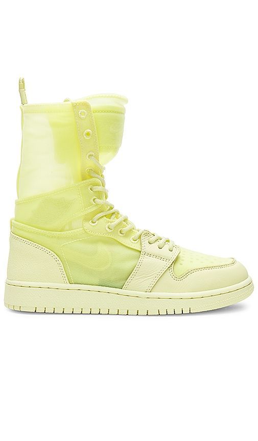 Jordan AJ1 Explorer XX Sneaker in Lemon