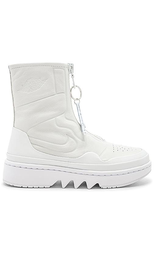 Jordan Jester Sneaker in White