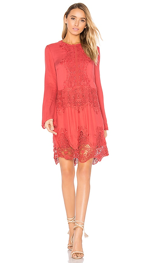 THE JETSET DIARIES Vierna Shift Dress in Red