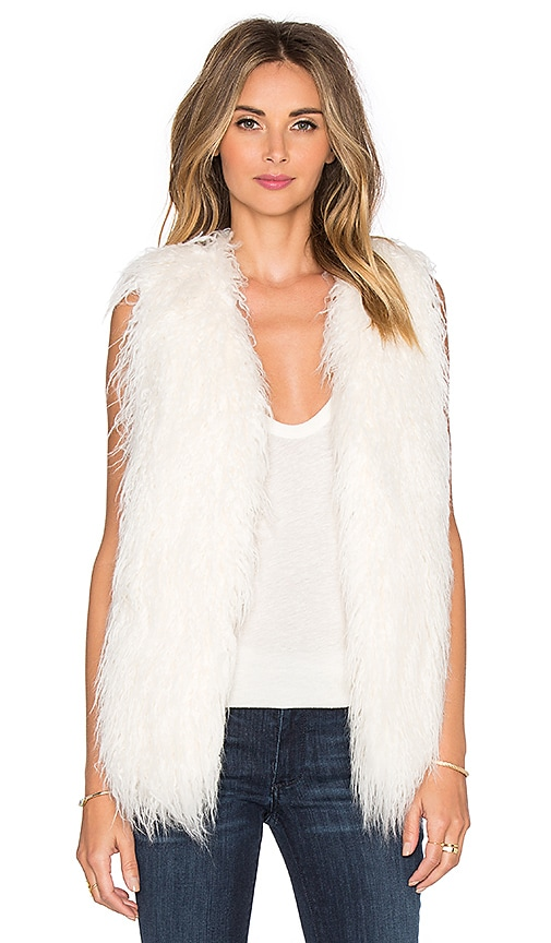 THE JETSET DIARIES Capelli Faux Fur Vest in Ivory