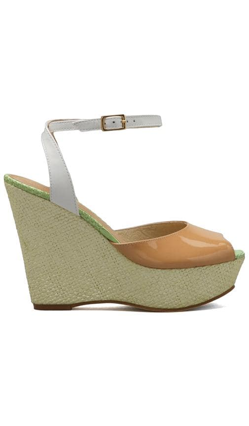 Dafne Wedge
