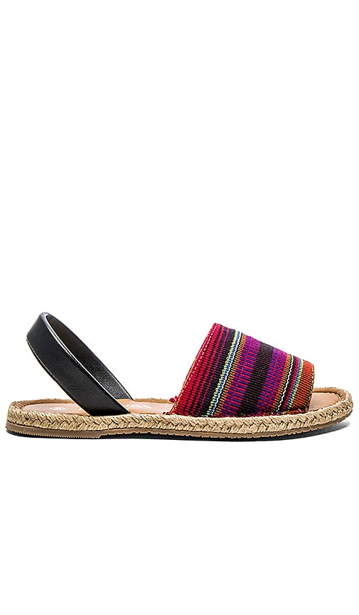 Kaanas Cancun Avarca Sandal in Purple
