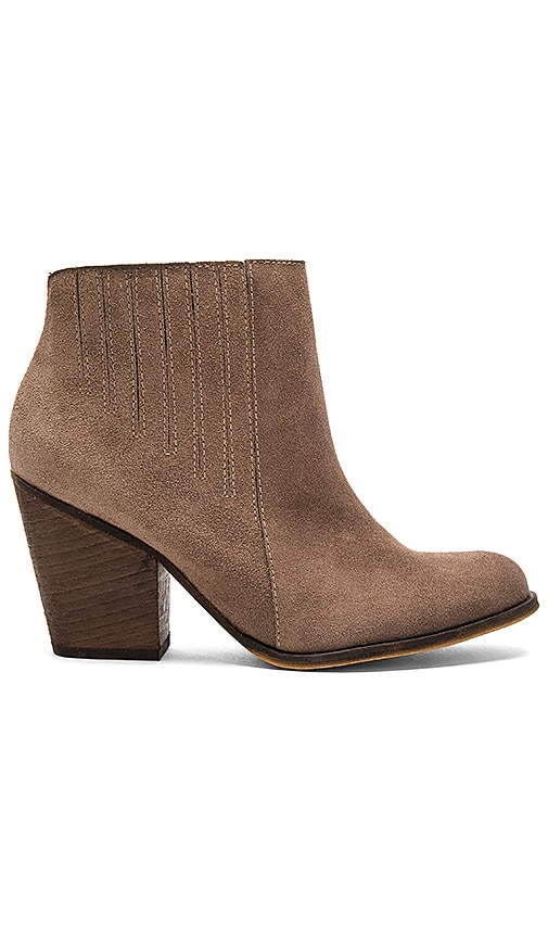 Kaanas Namib Bootie in Taupe