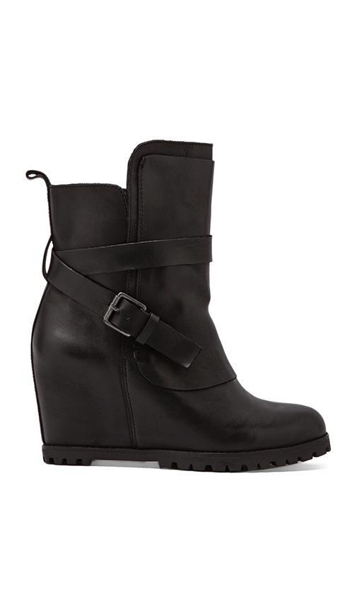 Vina Boot