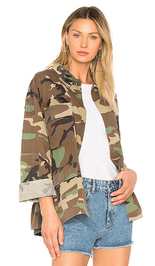KENDALL + KYLIE Open Back Jacket in Army
