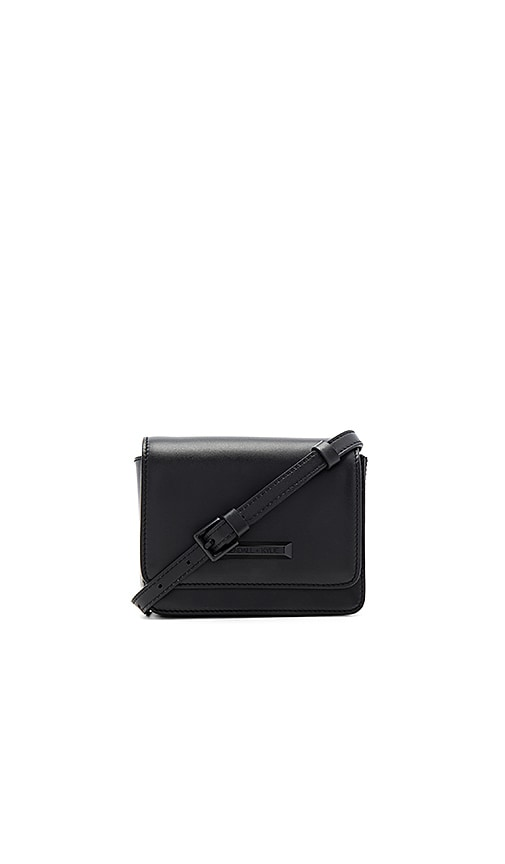 KENDALL + KYLIE Evelyn Belt Bag in Black
