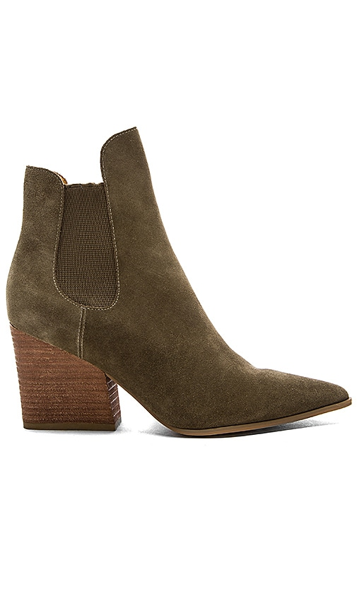 KENDALL + KYLIE Finley Bootie in Olive