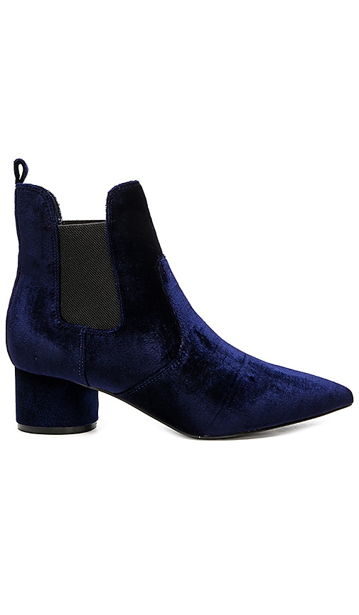 KENDALL + KYLIE Logan 2 Bootie in Royal